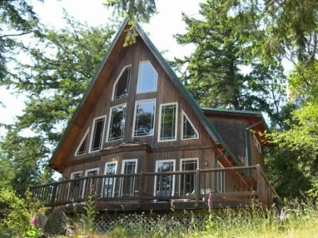 Front of Evergreen Cottage at Rosario